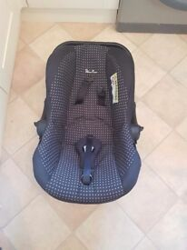 Silver cross car seat and carrier