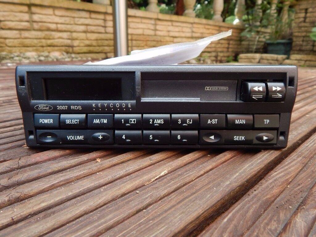 Rare Vintage Ford 2000 Fd 2007 Radio Cassette In Hedge