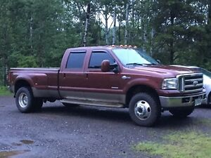 2005 Ford F350 king ranch dually