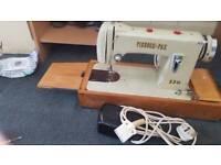 Sewing Machine Pinnock Pax
