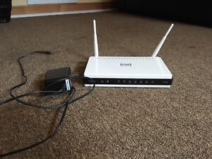D-Link DIR-825 dual-band router.