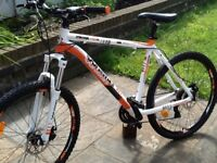 Whistle miwok 1484d disc brake mountain bike