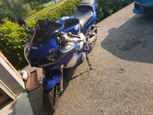 Cleanest 2001 Yamaha r6 low kms