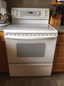 Kitchen & Laundry electric white appliances for sale