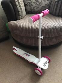 Girls Ozbozz scooter