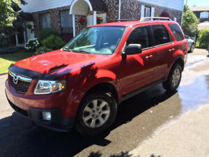 2011 Mazda Tribute  8000$ Négociable