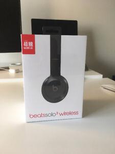 Beats Solo 3 Wireless Headphones - Never Opened