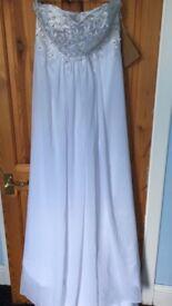 Never worn size 14 sweetheart wedding dress