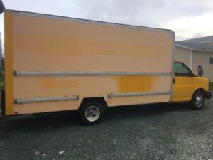 2009 GMC Savana Minivan, Van