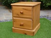 PINE BEDSIDE CABINET CHEST