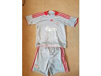 LIVERPOOL FC FULL KIT