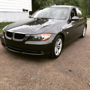 2008 BMW 3-Series Sedan 328i low kms