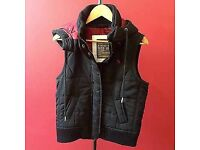 ABERCROMBIE & FITCH GILLET WITH DETACHABLE HOOD