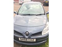 2009 Renault Clio 1.2 16v Expression 5dr ( 1 years MOT & 13200 MILES!!!!! + 2 services)