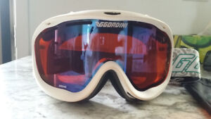 Gordini goggles - only 50$ - New! With case
