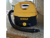 DeWalt DC500 Wet & Dry Vacuum Cleaner 240 volt and battery