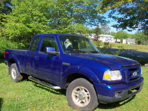 Golden Opportunity to pick up a great Ford Ranger 2006 Pick Up