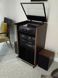 Samsung stereo with stand - price reduced