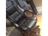 Leader office chair 95% new