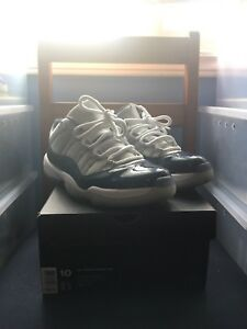 Jordan 11 low Georgetowns