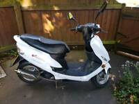 Peugeot V Clic Scooter moped