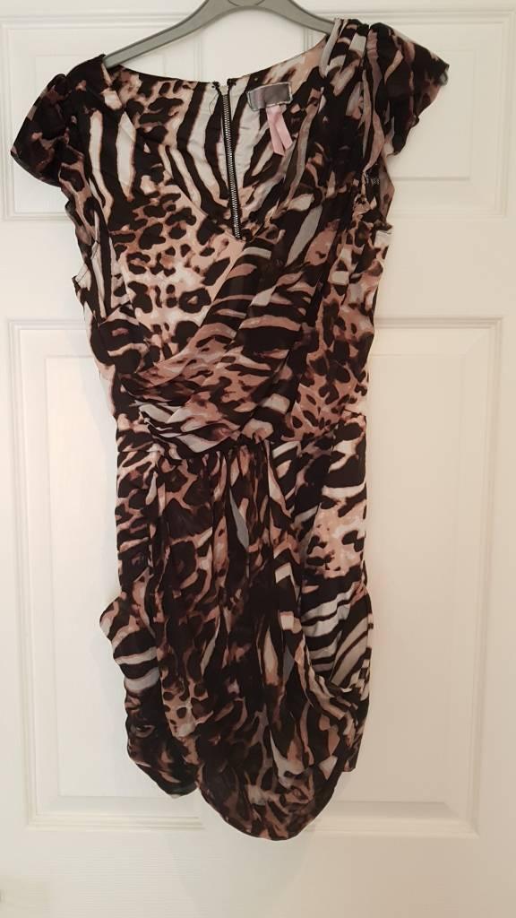 Lipsy Dress size 10in Lower Earley, BerkshireGumtree - Lipsy dress size 10Leopard print patternHas been worn but still has lots of wear left