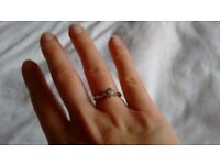 Two tone 9ct gold, .20 diamond ring, size L.