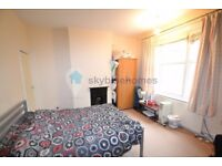 Large Double room, 7 mins walk from Leicester Uni. £75pw. 3 bedroom house.