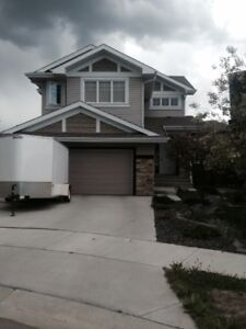 Beautiful 3 Bedroom (2-Storey House for Rent in Cameron Heights