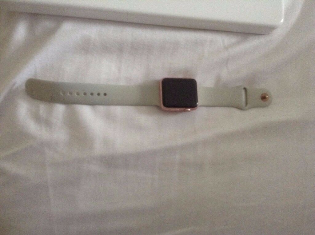 Apple Watch 42mm Rose GoldLavender sport bandin Swindon, WiltshireGumtree - Im selling my Apple watch as I dont wear it much, it is in good condition with just a tiny scratch on face but not noticeable unless looking for it. It was a present from my husband Christmas 2016, and im not allowed to wear to work so its just been...