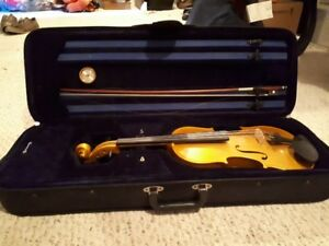 Menzel Violin with case