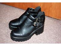 black platform 39 size 5.5 shoes