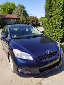 2009 Toyota Matrix XR Hatchback Low Mileage