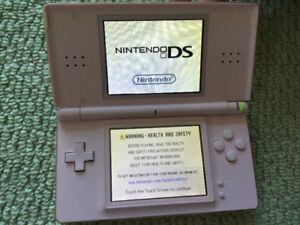 Nintendo DS lite  and 60 Games
