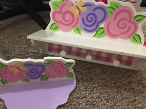 Girls Bedroom Shelving