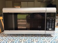 Kenwood 900W microwave / grill combi-oven
