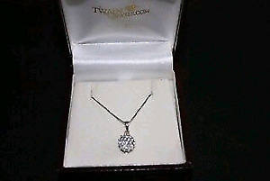 Stunning Diamond Cluster Pendant and 14k Gold Necklace