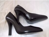Ladies Black Court Leather shoes