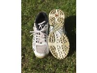 GM CRICKET BOWLING SHOES WITH SPIKES & non spikes Size 2 and size 3