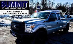 2011 Ford F-250 XL | 8 BOX | EXTENDED CAB | 4X4