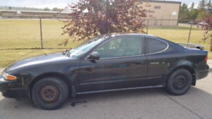 Moving! Must sell! 2003 Oldsmobile Alero
