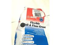 Mapei Dark Grey Flexible Floor & Wall Grout 2.5 kg & Combination Spreader