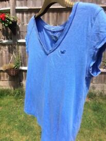 Hollister XS blue t shirt