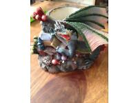 Dragon ornamental for reptiles or fish