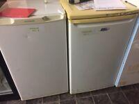 Undercounter fridge & freezer