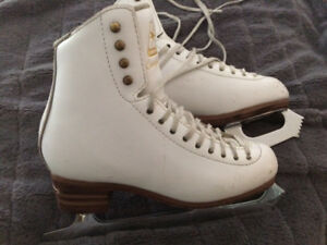 Size 4 competitor figure skates for sale
