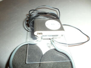 MP3 PLAYER, SMALL, CLIPON, $10