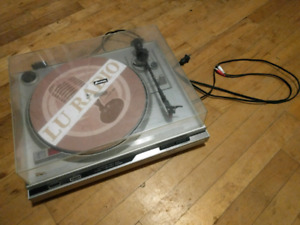 Spectrum Direct Drive Turntable
