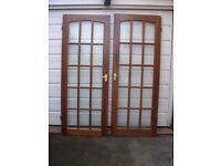 3 Lights Wooden Doors