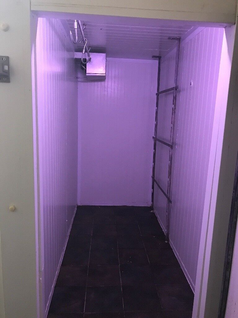 Cold room walking fridge catering equipments job lot resturant hotels pubs cafe freezer